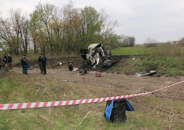 Miejsce, w którym samochód patrolu Specjalnej Misji Monitoringowej OBWE najechał na minę