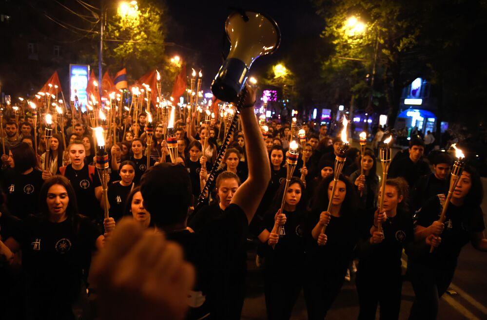 Marsz upamiętniający ludobójstwo Ormian