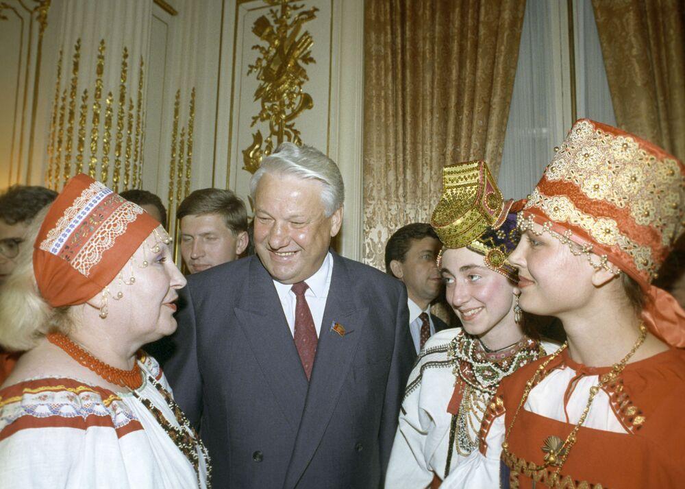 Borys Jelcyn w Ambasadzie ZSRR w USA