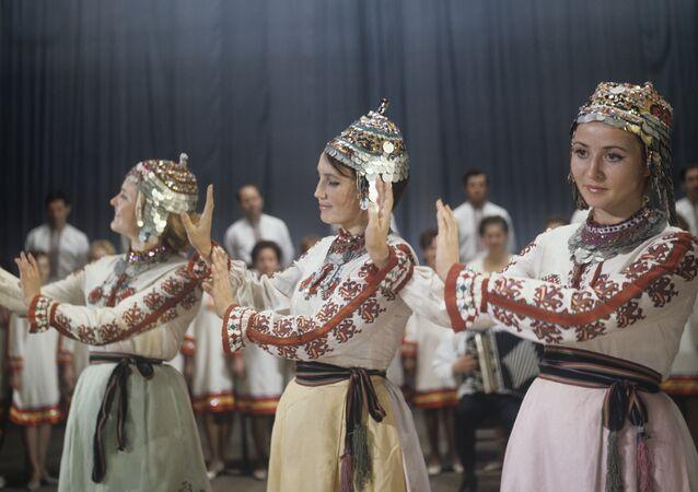 Zespół ludowy pieśni i tańca w Czeboksarach