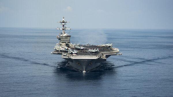 "Amerykański lotniskowiec klasy USS ""Carl Vinson"" - Sputnik Polska"