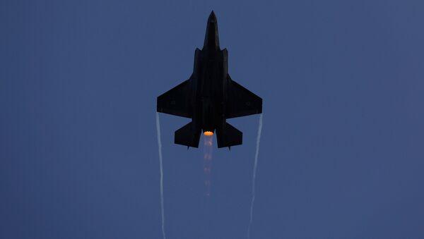 Amerykański myśliwiec F-35 - Sputnik Polska