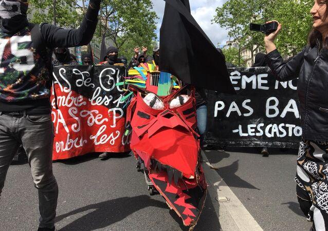 Demosntracja w Paryżu, 01.05.2017