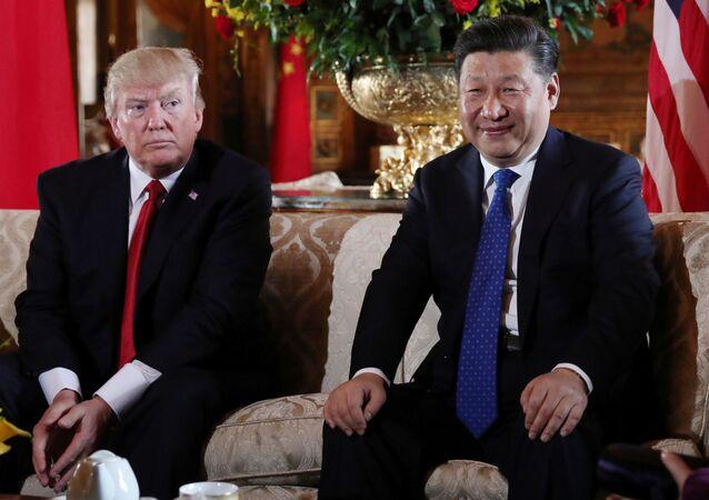 Prezydent USA Donald Trump i przewodniczący ChRL Xi Jinping