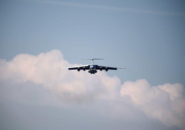 Samolot Ił-76MD-90A