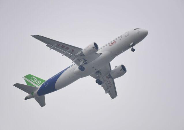 Chiński samolot C919