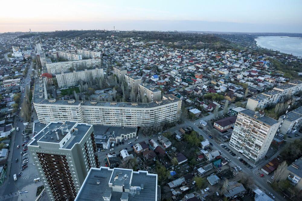Saratów jest drugim pod względem długości rosyjskim miastem (36 km), dłuższe od niego są tylko Soczi.