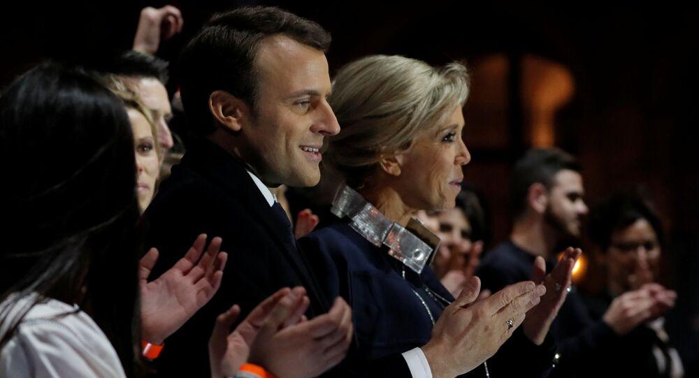Emmanuel Macron z żoną