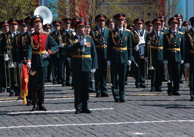 Zbiorowa orkiestra na Placu Czerwonym
