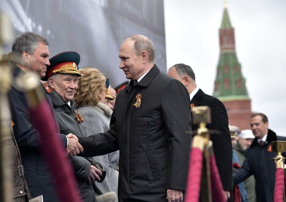 Defilada Wojskowa na Placu Czerwonym w Moskwie