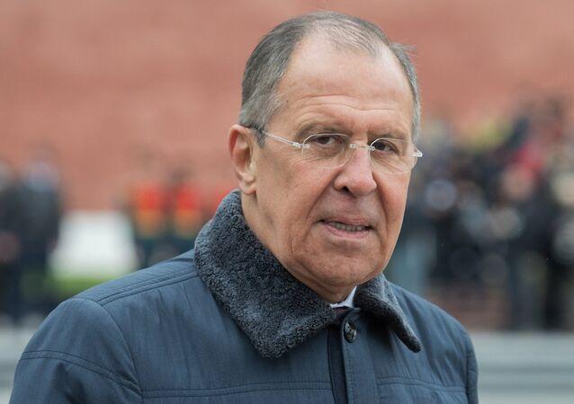 Minister spraw zewnętrznych Rosji Siergiej Ławrow na obchodach Dnia Zycięstwa  w Moskwie