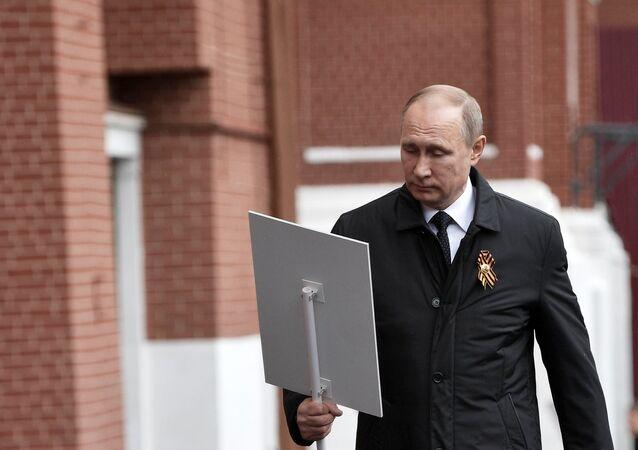 Władimir Pitun bierze udział w przemarszu Nieśmiertelnego Pułku, Moskwa 9 maja 2017