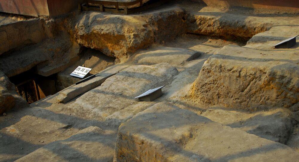 W Chinach odkryto drewniany grobowiec sprzed 1,8 tys. lat