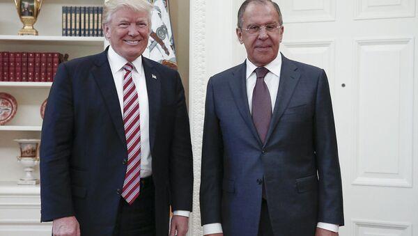 Donald Trump i Siergiej Ławrow - Sputnik Polska
