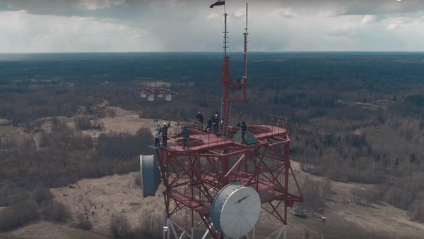 Pierwszy na świecie skok z drona - Sputnik Polska