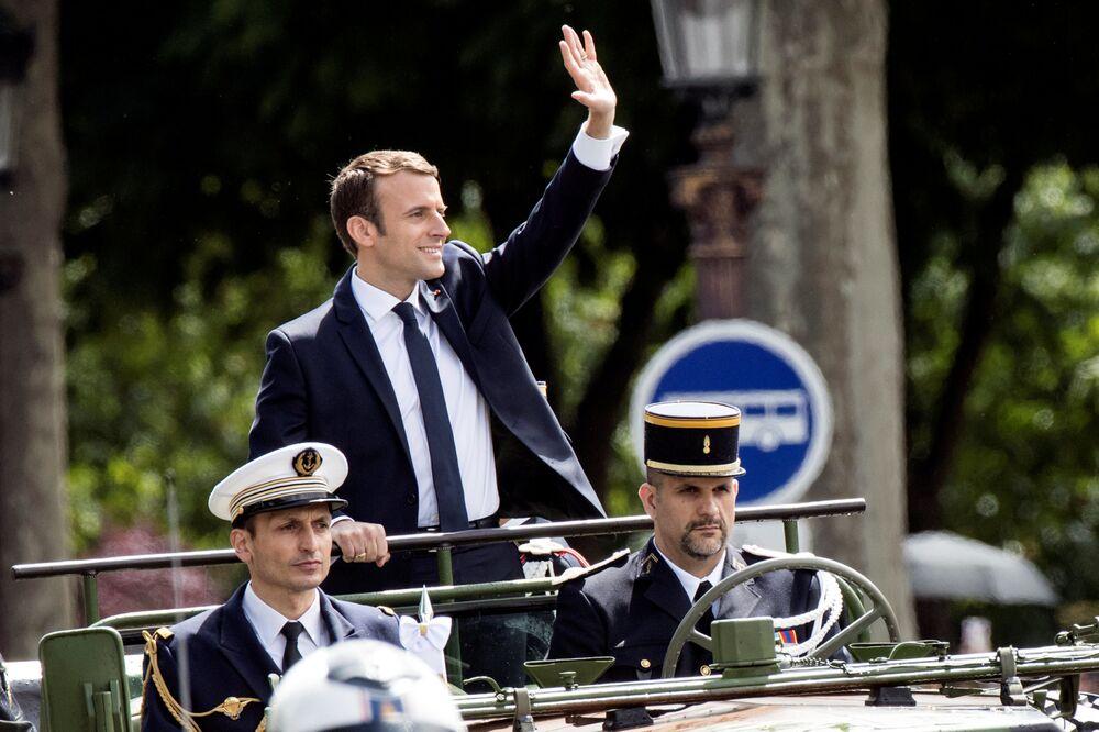 Prezydent Francji Emmanuel Macron po ceremonii zaprzysiężenia w Paryżu.
