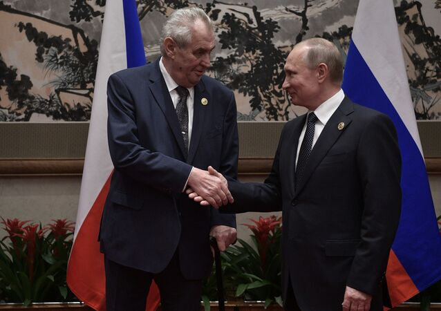 Prezydent Czech Milosz Zeman i prezydent Rosji Władimir Putin
