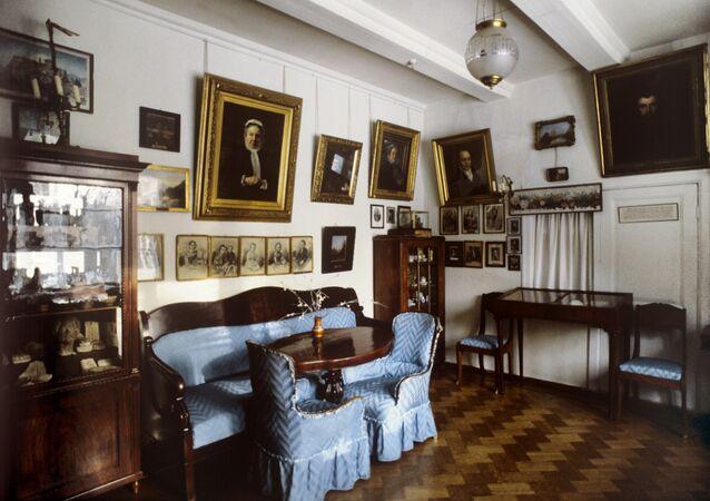 Dom Wasilija Polenowa, autora Moskiewskiego podwórka