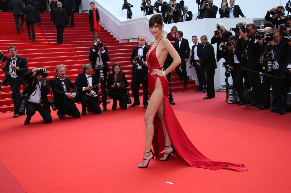 Aktorki i modelki w najbardziej odważnych kreacjach Festiwalu Filmowego w Cannes
