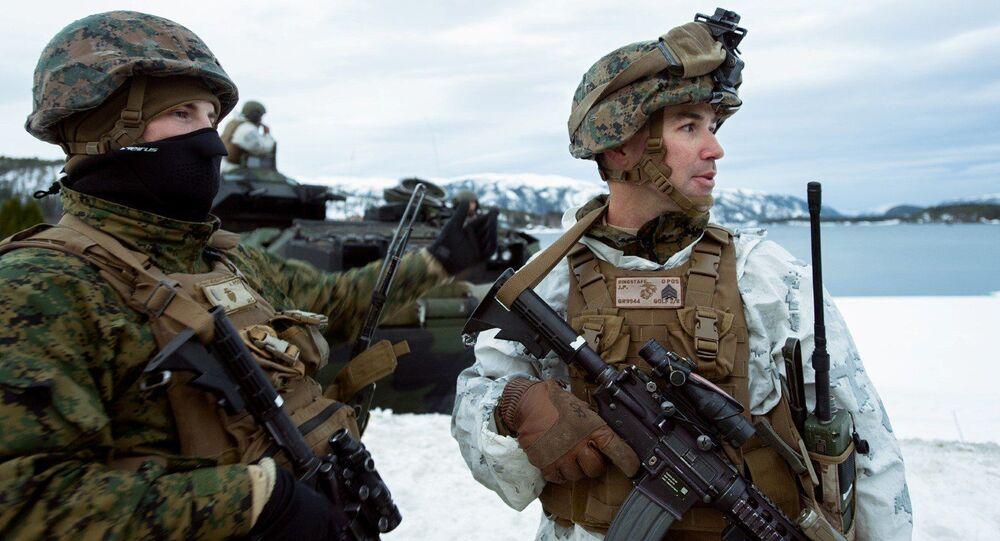 Amerykańscy marines podczas ćwiczeń Cold Response 2016 w bazie wojskowej Vernes w Norwegii