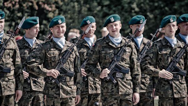 Żołnierze polskiej armii  - Sputnik Polska