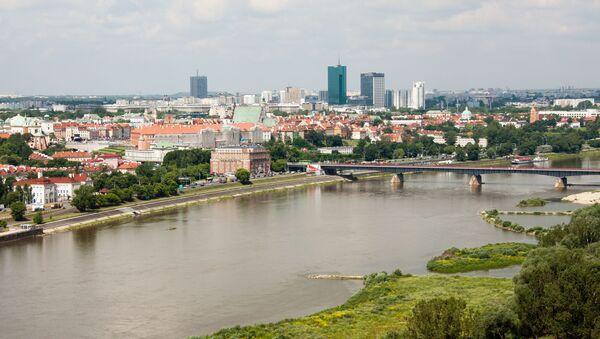 Widok na Most Gdański przez Wisłę w Warszawie - Sputnik Polska