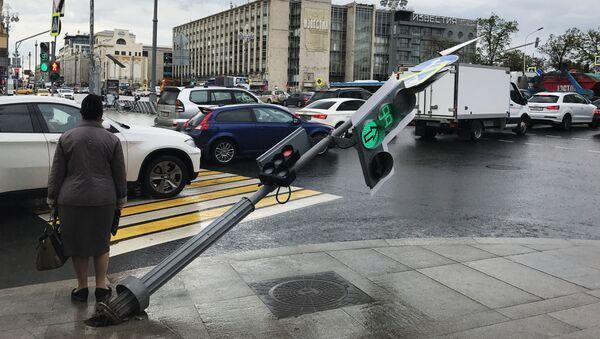 Moskwa po przejściu huraganu, 29.05.2017 - Sputnik Polska