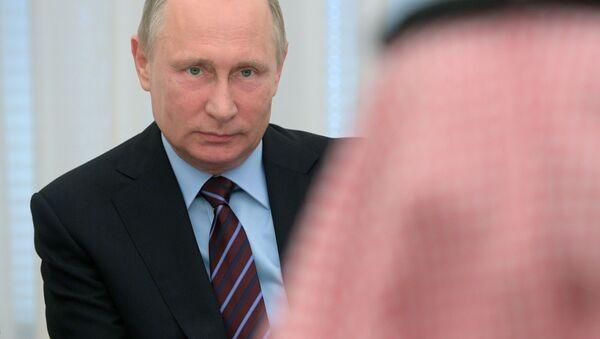 Spotkanie prezydenta Rosji Władimira Putina z zastępcą księcia następcy tronu Arabii Saudyjskiej Muhammadem ibn Salmanem al Saudem - Sputnik Polska