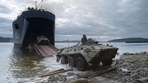 Flota Północna. Morze Barentsa. Ćwiczenia z udziałem okrętu desantowego Mitrofan Moskalenko - Sputnik Polska