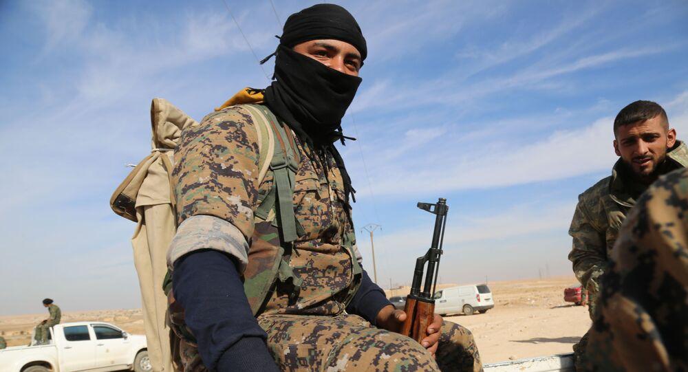 Syryjskie Sił Demokratyczne (SDF) przy wsparciu Stanów Zjednoczonych wyzwoliły z rąk dżihadystów z Państwa Islamskiego syryjskie miasto Mansur