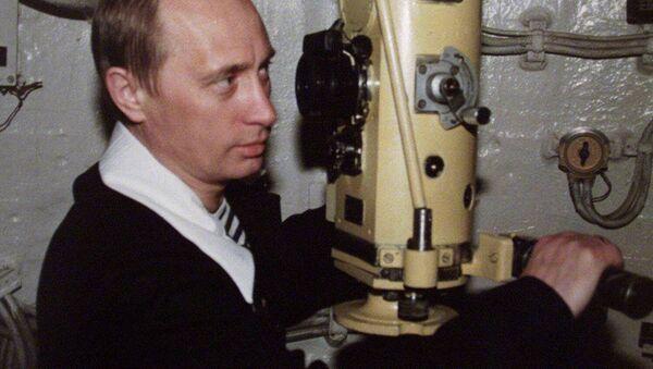 Prezydent Rosji Władimir Putin podczas wizyty na atomowej łodzi podwodnej Floty Północnej. Zdjęcie archiwalne - Sputnik Polska