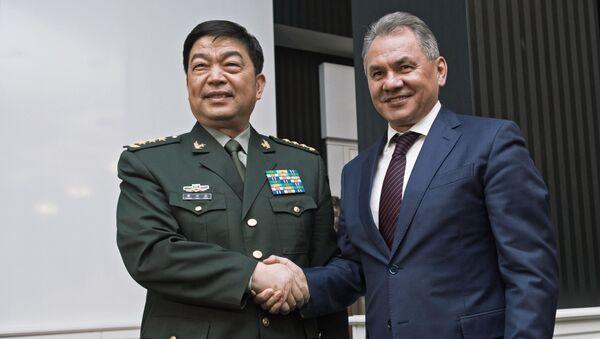 Minister obrony Chin Chang Wanquan i minister obrony Rosji Siergiej Szojgu - Sputnik Polska