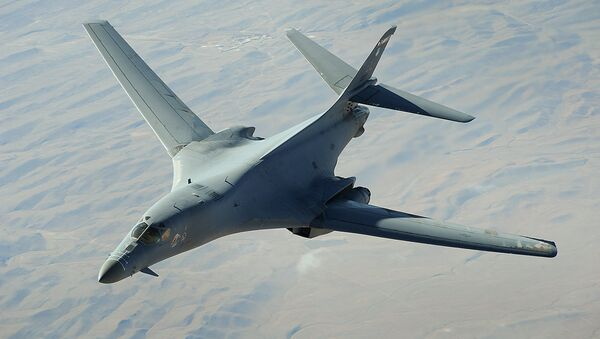 Amerykański naddźwiękowy bombowiec strategiczny B-1B - Sputnik Polska