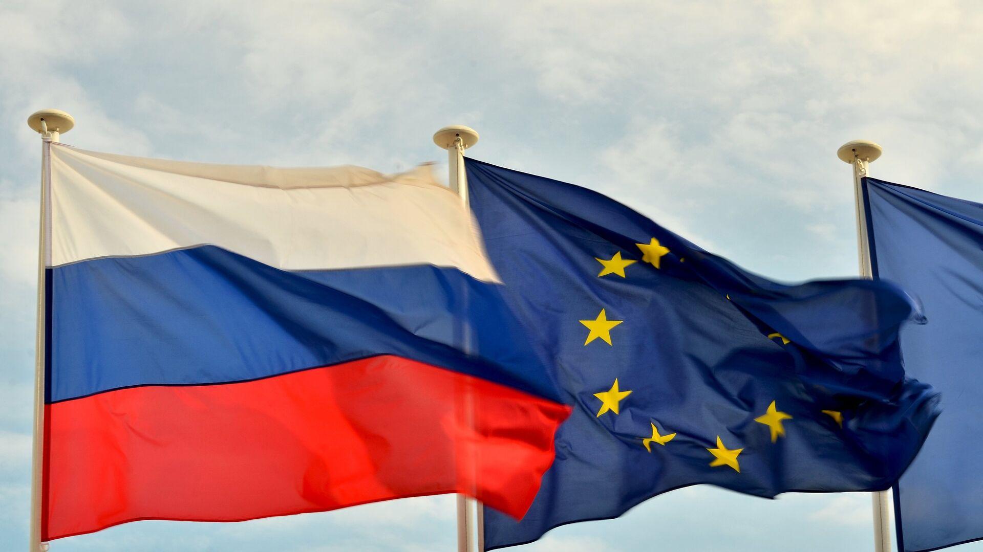 Flaga Rosji i UE - Sputnik Polska, 1920, 26.06.2021