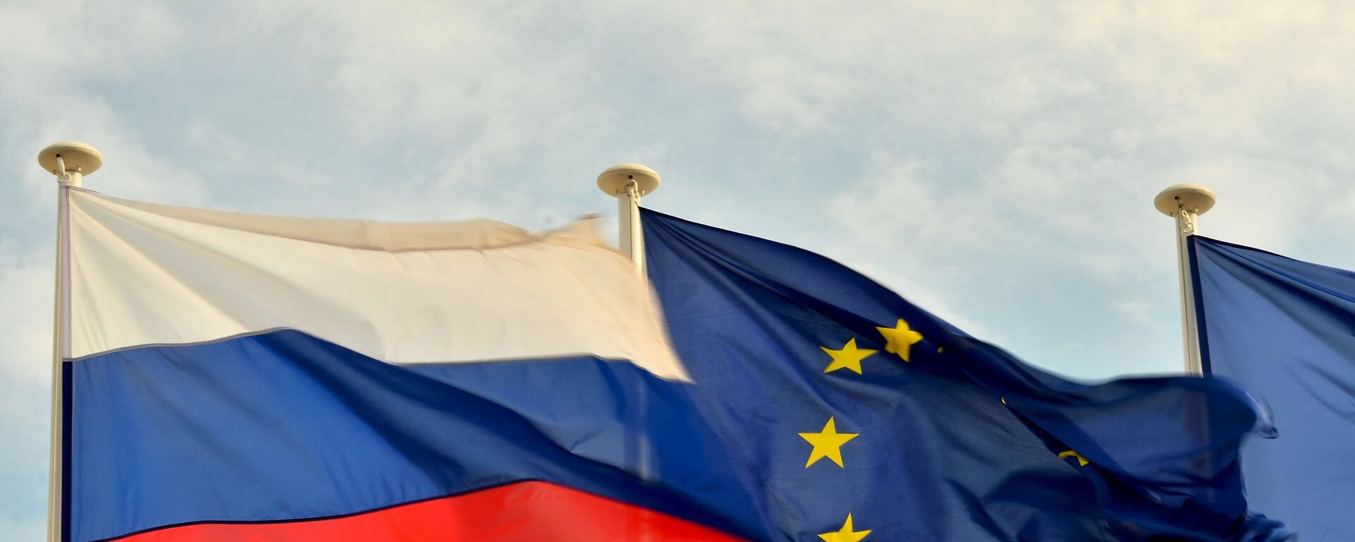 Flaga Rosji i UE - Sputnik Polska, 1920, 03.05.2021