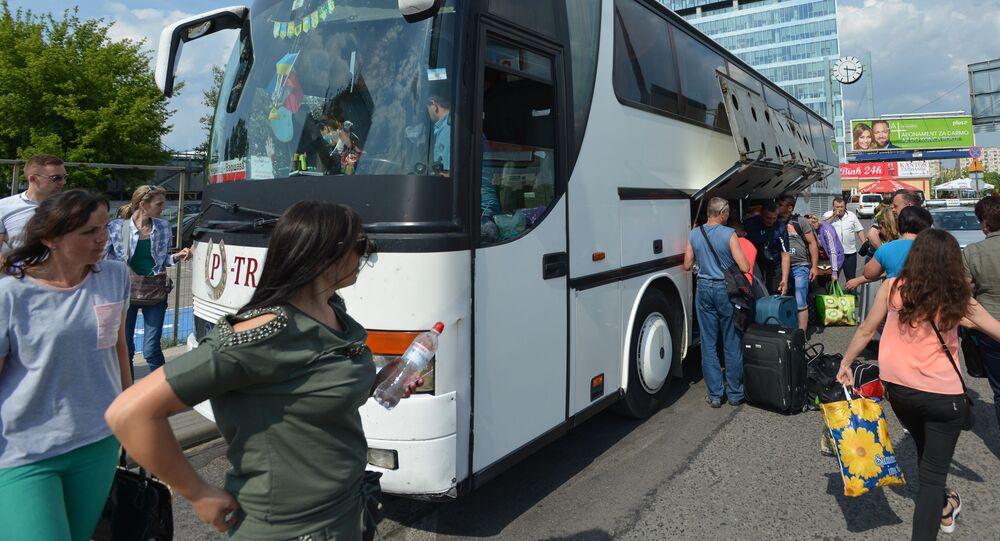 Autobus Czerniowce-Warszawa na Dworcu Zachodnim w polskiej stolicy