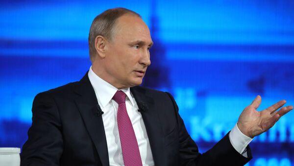 Gorąca linia z prezydentem Rosji Władimirem Putinem - Sputnik Polska