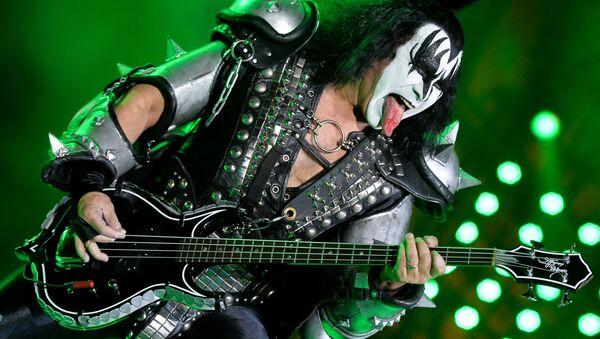 Frontman grupy Kiss Gene Simmons na koncercie zespołu - Sputnik Polska