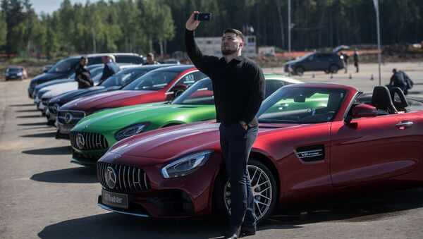 W Rosji zostanie zbudowana fabryka samochodów osobowych Mercedes - Sputnik Polska