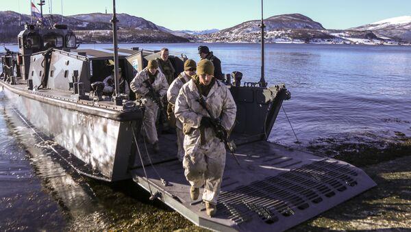 Amerykańscy marines podczas ćwiczeń w Norwegii. Zdjęcie archiwalne - Sputnik Polska