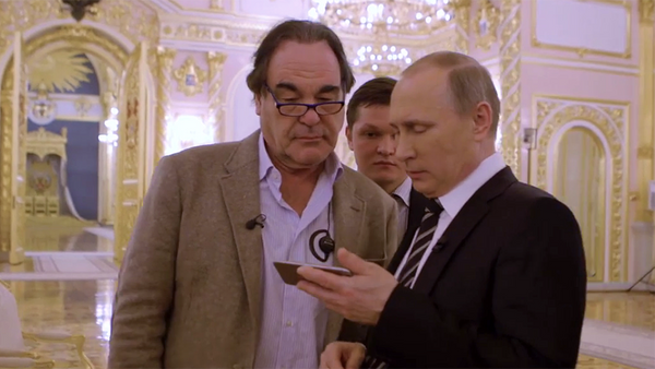 Kadr z filmu Oliviera Stone'a - Sputnik Polska