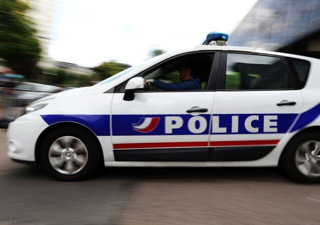 Samochód francuskiej policji