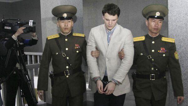 Aresztowanie amerykańskiego studenta Otto Fredericka Warmbiera w Korei Północnej - Sputnik Polska