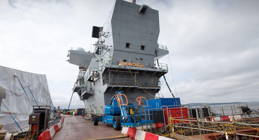 Największy okręt Królewskiej Marynarki Wojennej Wielkiej Brytanii Królowa Elżbieta