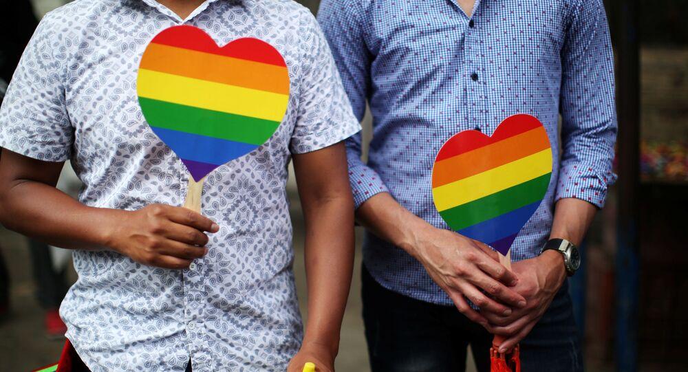 Uczestnicy parady równości