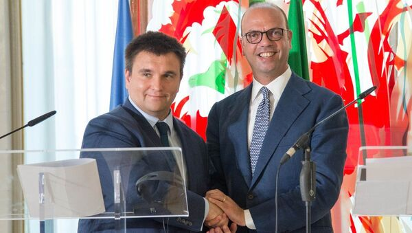 Minister spraw zagranicznych Ukrainy Pawło Klimkin i szef włoskiej dyplomacji Angelino Alfano w Rzymie - Sputnik Polska