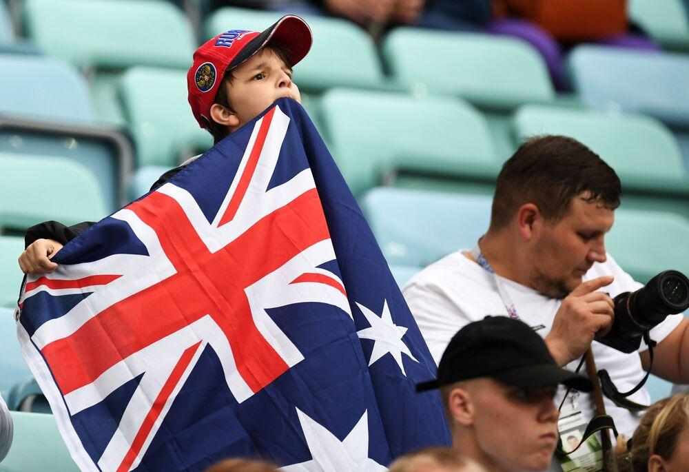 Młody kibic reprezentacji Australii podczas meczu Pucharu Konfederacji 2017 między reprezentacjami Australii i Niemiec