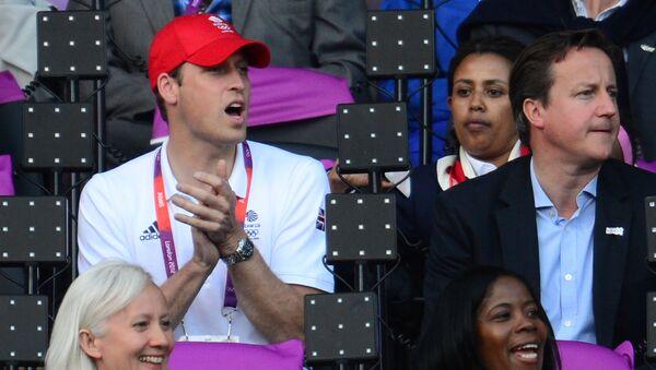 Księżna Cambridge Katarzyna, książę William i premier Wielkiej Brytanii David Cameron na stadionie olimpijskim w Londynie - Sputnik Polska