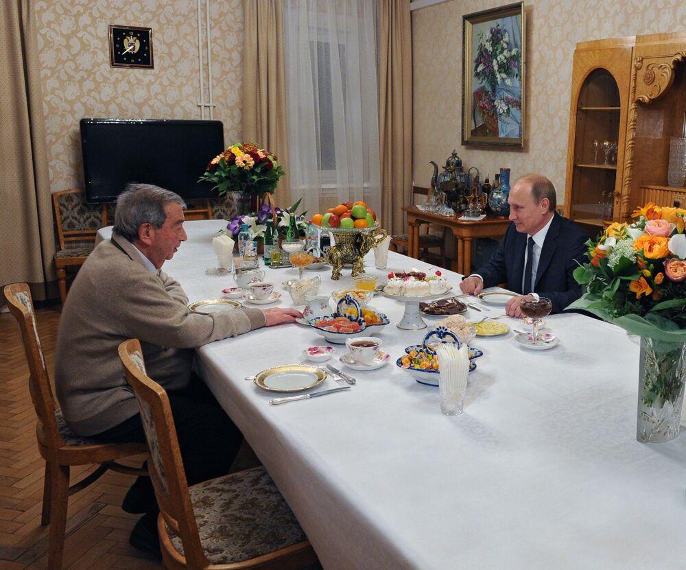 Prezydent Rosji Władimir Putin i polityk, dyplomata Jewgienij Primakow