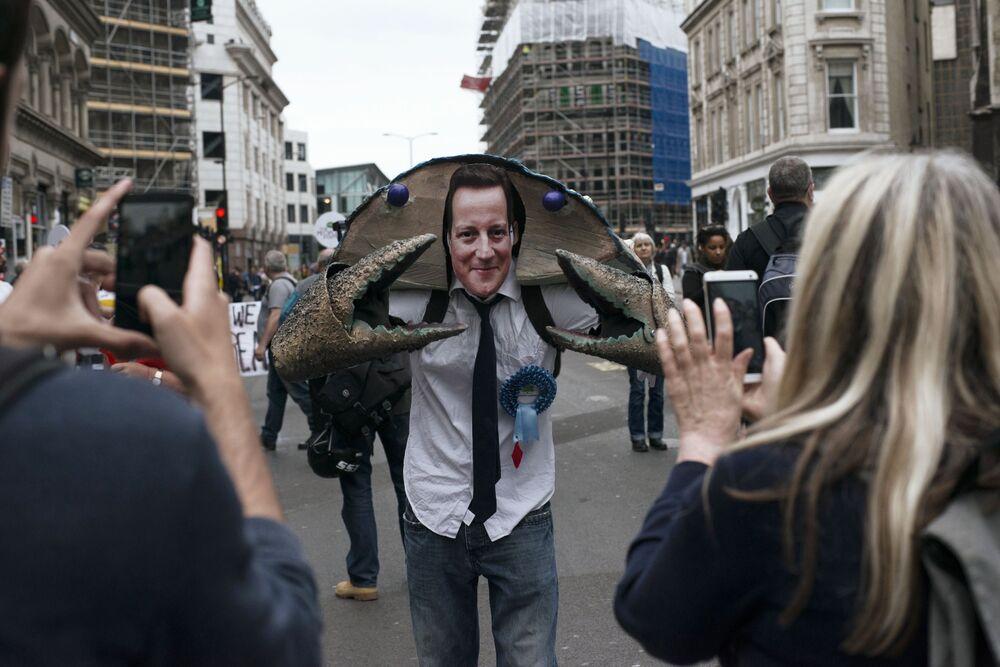 Akcja protestacyjna przeciwko rządowej polityce oszczędności w Londynie